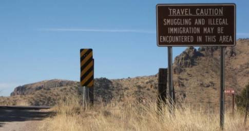 035A SmugglingSign