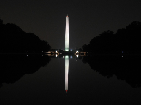 Washington_Monument_during_night